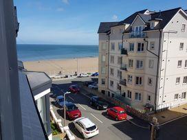 Beach House - North Wales - 1056405 - thumbnail photo 2