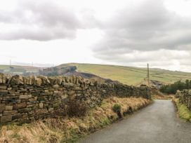 Rough Bank Barn - Peak District - 1056445 - thumbnail photo 33