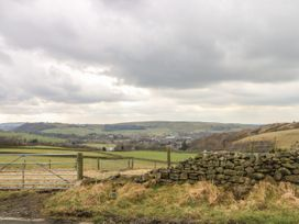 Rough Bank Barn - Peak District - 1056445 - thumbnail photo 34