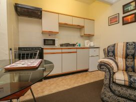 Clooneavin Apartment 4 - Devon - 1056492 - thumbnail photo 5