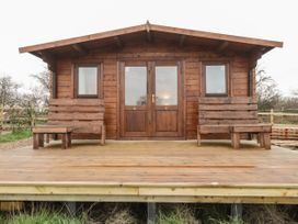 Owl Lodge - Kent & Sussex - 1056631 - thumbnail photo 1