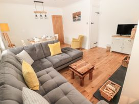 Curlew Cottage, 2 Fenkle Street - Northumberland - 1056704 - thumbnail photo 3