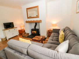 Curlew Cottage, 2 Fenkle Street - Northumberland - 1056704 - thumbnail photo 2
