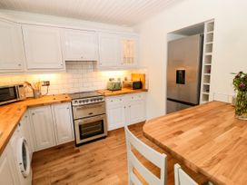 Curlew Cottage, 2 Fenkle Street - Northumberland - 1056704 - thumbnail photo 10