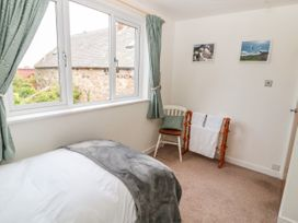Curlew Cottage, 2 Fenkle Street - Northumberland - 1056704 - thumbnail photo 21