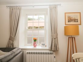 Curlew Cottage, 2 Fenkle Street - Northumberland - 1056704 - thumbnail photo 6