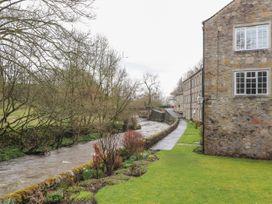 9 Riverside Walk - Yorkshire Dales - 1056774 - thumbnail photo 2