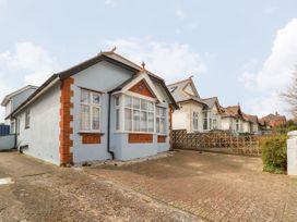 4 bedroom Cottage for rent in Sandown