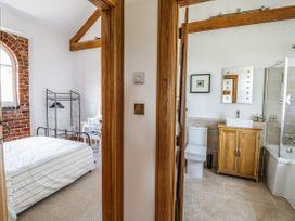 9 Nantcribba Barns - Mid Wales - 1056857 - thumbnail photo 18