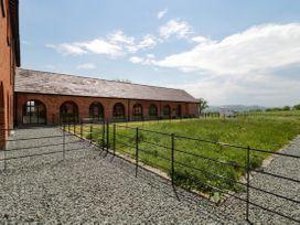 9 Nantcribba Barns - Mid Wales - 1056857 - thumbnail photo 24