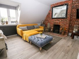 The Loft - Kent & Sussex - 1056873 - thumbnail photo 1