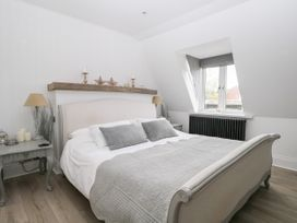 The Loft - Kent & Sussex - 1056873 - thumbnail photo 15