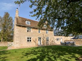 The Farmhouse - Central England - 1056939 - thumbnail photo 1
