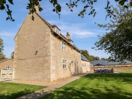The Farmhouse - Central England - 1056939 - thumbnail photo 2