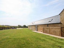 The Barn - Central England - 1056941 - thumbnail photo 2