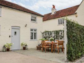 Wimborne Cottage - South Coast England - 1056946 - thumbnail photo 2