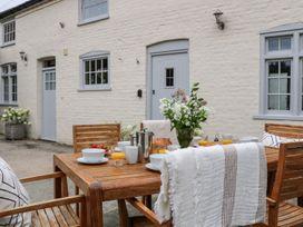 Wimborne Cottage - South Coast England - 1056946 - thumbnail photo 20