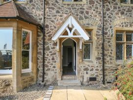 Gable Lodge - Cotswolds - 1057045 - thumbnail photo 3