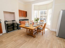4 Normanby Terrace - North Yorkshire (incl. Whitby) - 1057076 - thumbnail photo 7
