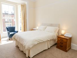 4 Normanby Terrace - North Yorkshire (incl. Whitby) - 1057076 - thumbnail photo 18