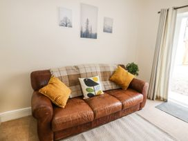 4 Normanby Terrace - North Yorkshire (incl. Whitby) - 1057076 - thumbnail photo 4