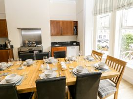 4 Normanby Terrace - North Yorkshire (incl. Whitby) - 1057076 - thumbnail photo 8