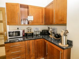 4 Normanby Terrace - North Yorkshire (incl. Whitby) - 1057076 - thumbnail photo 11
