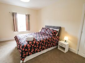 4 Normanby Terrace - North Yorkshire (incl. Whitby) - 1057076 - thumbnail photo 14
