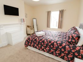 4 Normanby Terrace - North Yorkshire (incl. Whitby) - 1057076 - thumbnail photo 20