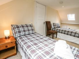 4 Normanby Terrace - North Yorkshire (incl. Whitby) - 1057076 - thumbnail photo 21