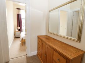 4 Normanby Terrace - North Yorkshire (incl. Whitby) - 1057076 - thumbnail photo 22
