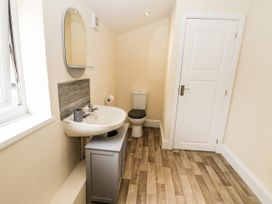 4 Normanby Terrace - North Yorkshire (incl. Whitby) - 1057076 - thumbnail photo 27