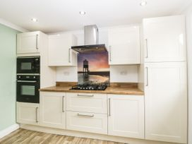 8A Rosewood Avenue - Somerset & Wiltshire - 1057153 - thumbnail photo 11