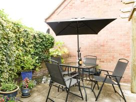8A Rosewood Avenue - Somerset & Wiltshire - 1057153 - thumbnail photo 24