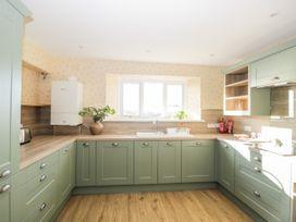 Walnut Cottage - Somerset & Wiltshire - 1057211 - thumbnail photo 8