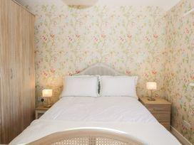 Walnut Cottage - Somerset & Wiltshire - 1057211 - thumbnail photo 11