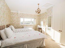 Walnut Cottage - Somerset & Wiltshire - 1057211 - thumbnail photo 18