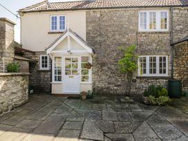 3 bedroom Cottage for rent in Bristol