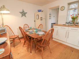 2 Linden Terrace - Isle of Wight & Hampshire - 1057222 - thumbnail photo 10