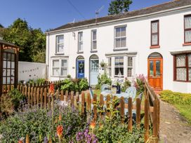 2 Linden Terrace - Isle of Wight & Hampshire - 1057222 - thumbnail photo 3