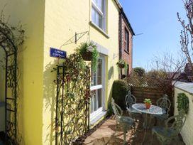 Linda Cottage - Isle of Wight & Hampshire - 1057228 - thumbnail photo 2