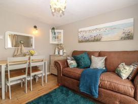 Linda Cottage - Isle of Wight & Hampshire - 1057228 - thumbnail photo 4