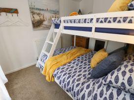Linda Cottage - Isle of Wight & Hampshire - 1057228 - thumbnail photo 13