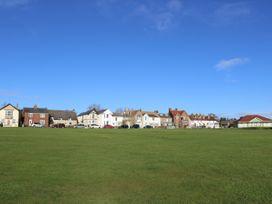 Linda Cottage - Isle of Wight & Hampshire - 1057228 - thumbnail photo 21