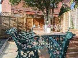 Bayeux Cottage - Kent & Sussex - 1057315 - thumbnail photo 34
