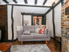 Bayeux Cottage - Kent & Sussex - 1057315 - thumbnail photo 9