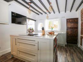 Bayeux Cottage - Kent & Sussex - 1057315 - thumbnail photo 14