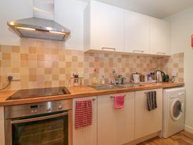 Harbour View Apartment - Scottish Lowlands - 1057338 - thumbnail photo 4