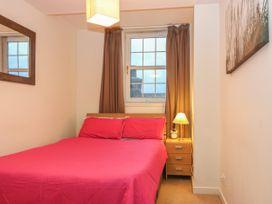 Harbour View Apartment - Scottish Lowlands - 1057338 - thumbnail photo 6