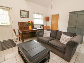 Willow Cottage - Mid Wales - 1057342 - thumbnail photo 4